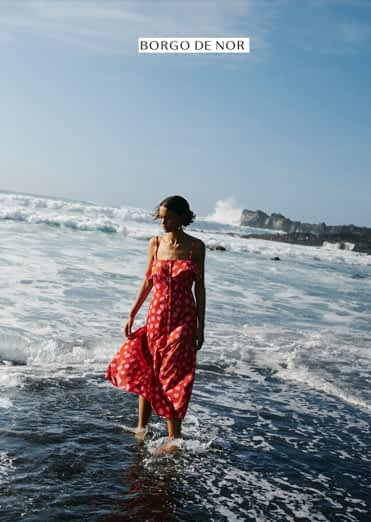 Borgo de nor photo - Woman in the sea - Photo production on Canary Islands by Paraiso productions